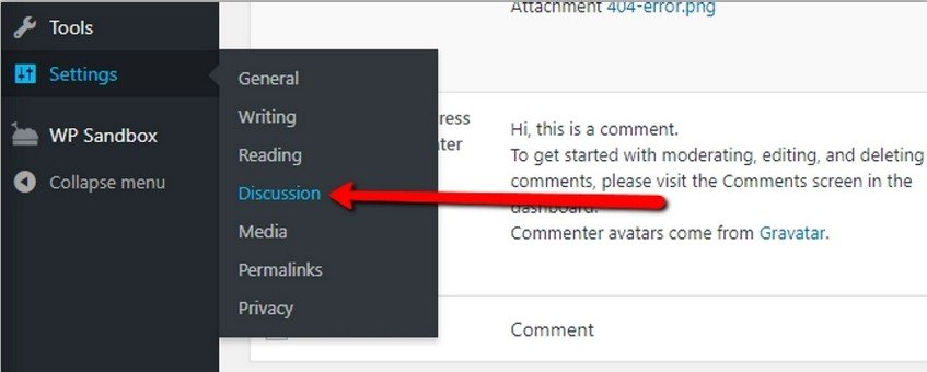 Accédez à « Paramètres » -> « Discussions » dans votre tableau de bord WordPress.